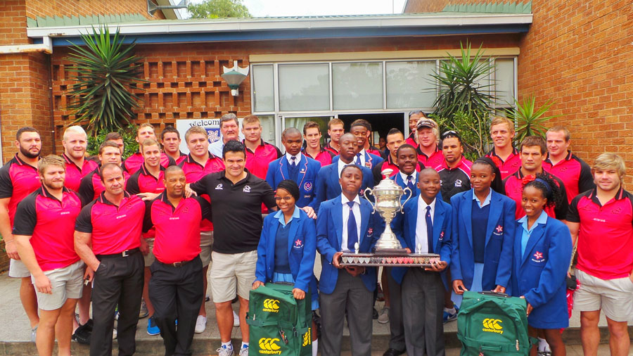 The STEVAL PUMAS visits LOWVELD HIGH SCHOOL with SARU